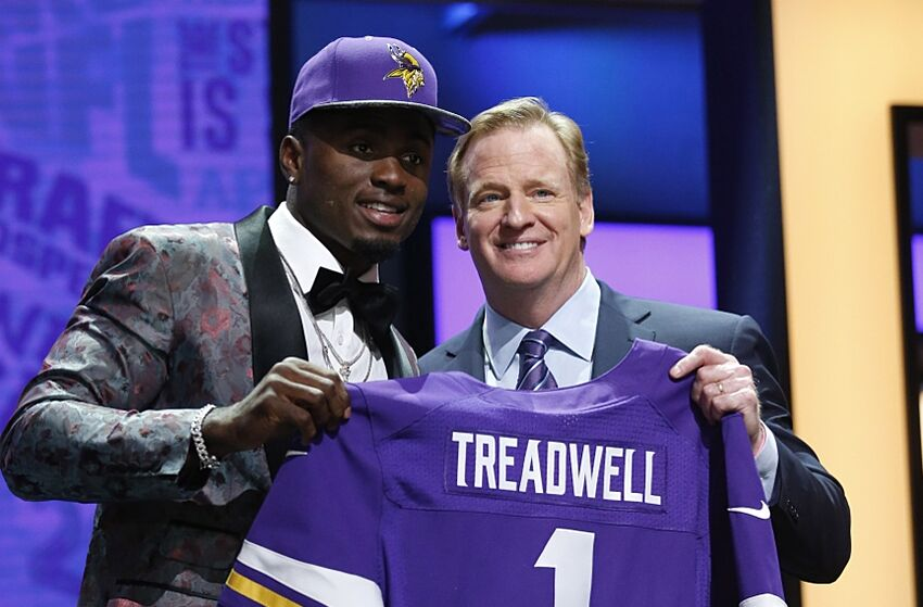 Laquon Treadwell moving on from Raiders hat controversy 2732af287