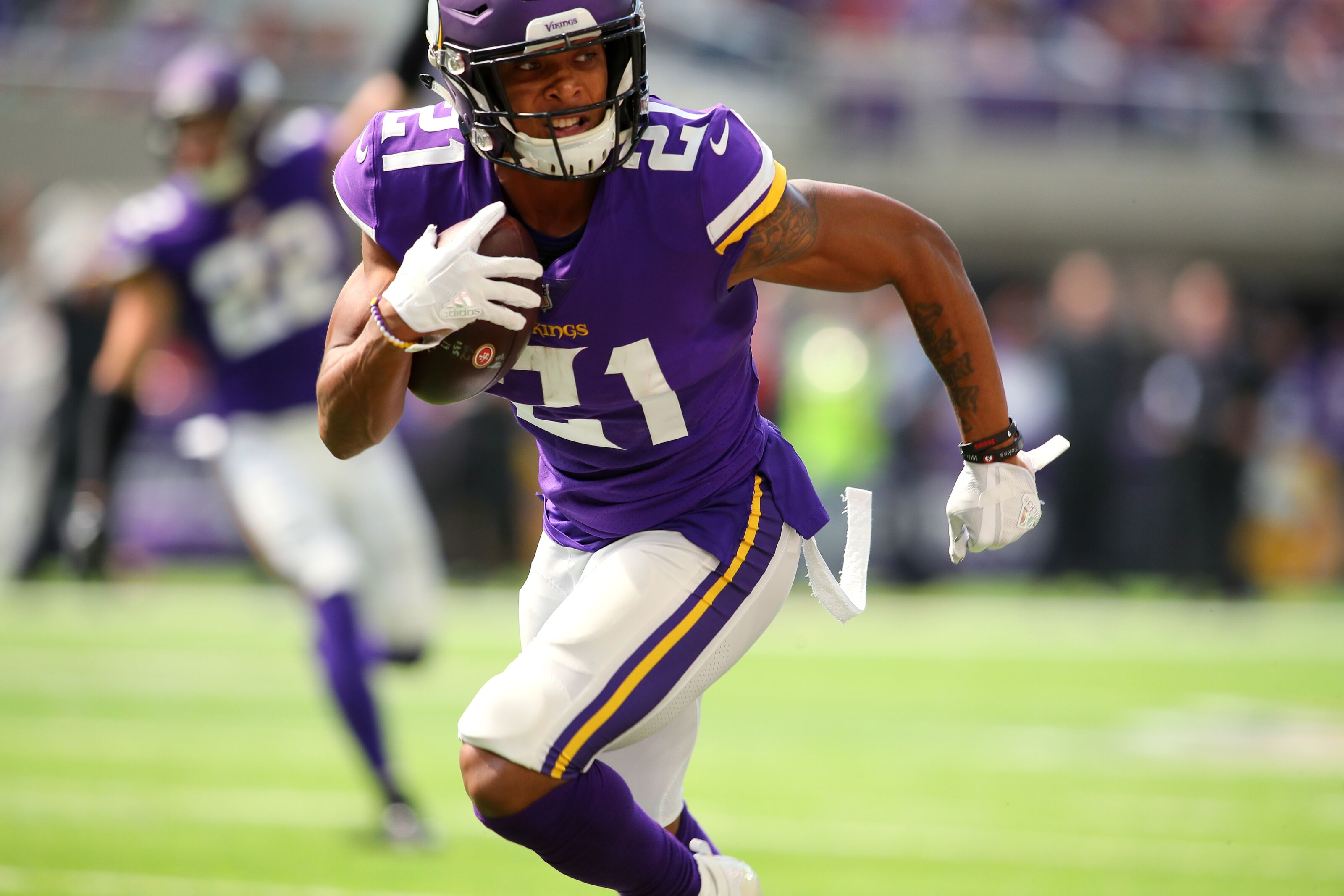 What can the Vikings expect from Mike Hughes in 2019?