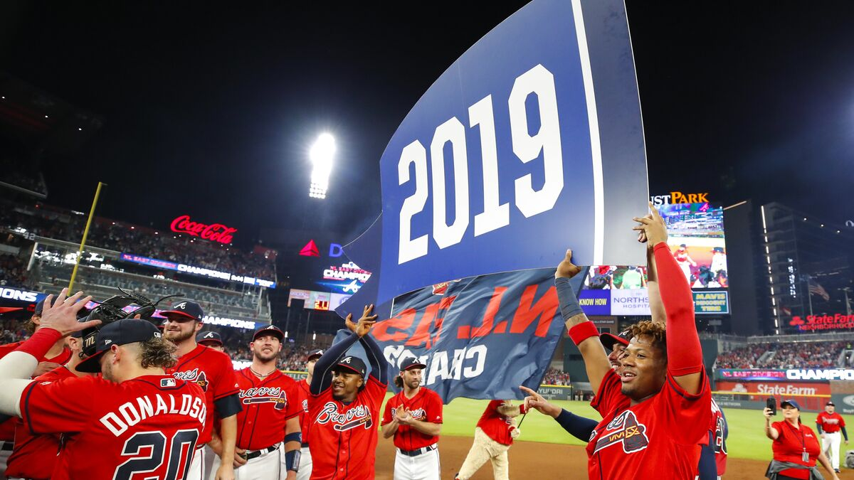 Are the Atlanta Braves still the favorite for the NL East?