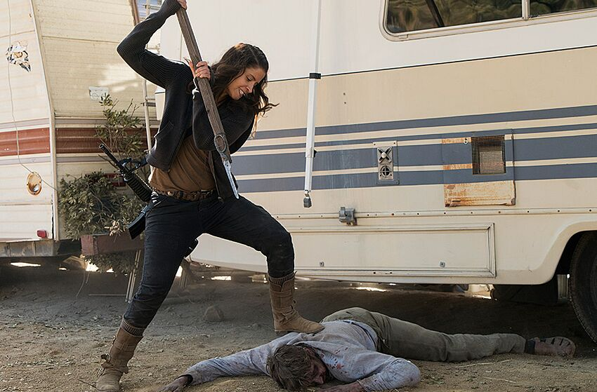 Fear the walking dead 313 recap 39 this land is your land 39 - Ofelia salazar fear the walking dead ...