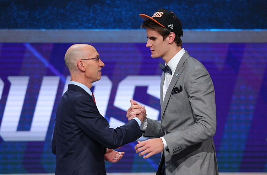 38d1e0d4da4 Phoenix Suns: Dragan Bender offered $10,000 for Number by Dudley