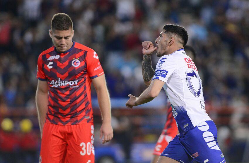Victor Guzman celebrates after scoring his team's eighth goal against Veracruz on April 13, 2019. (Photo by Jaime Lopez/Jam Media/Getty Images)