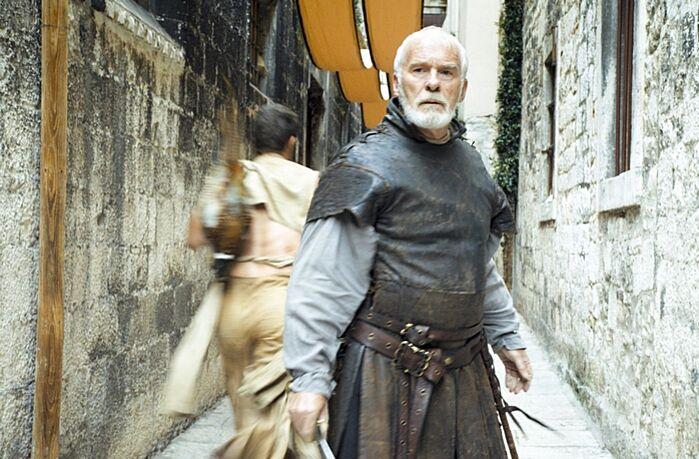 A Trónok harca színész szerint George R. R. Martin már megírta a 6. és a 7. könyvet