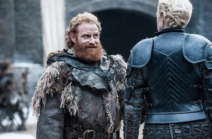 Tormund poses with the VEEP, and other Game of Thrones