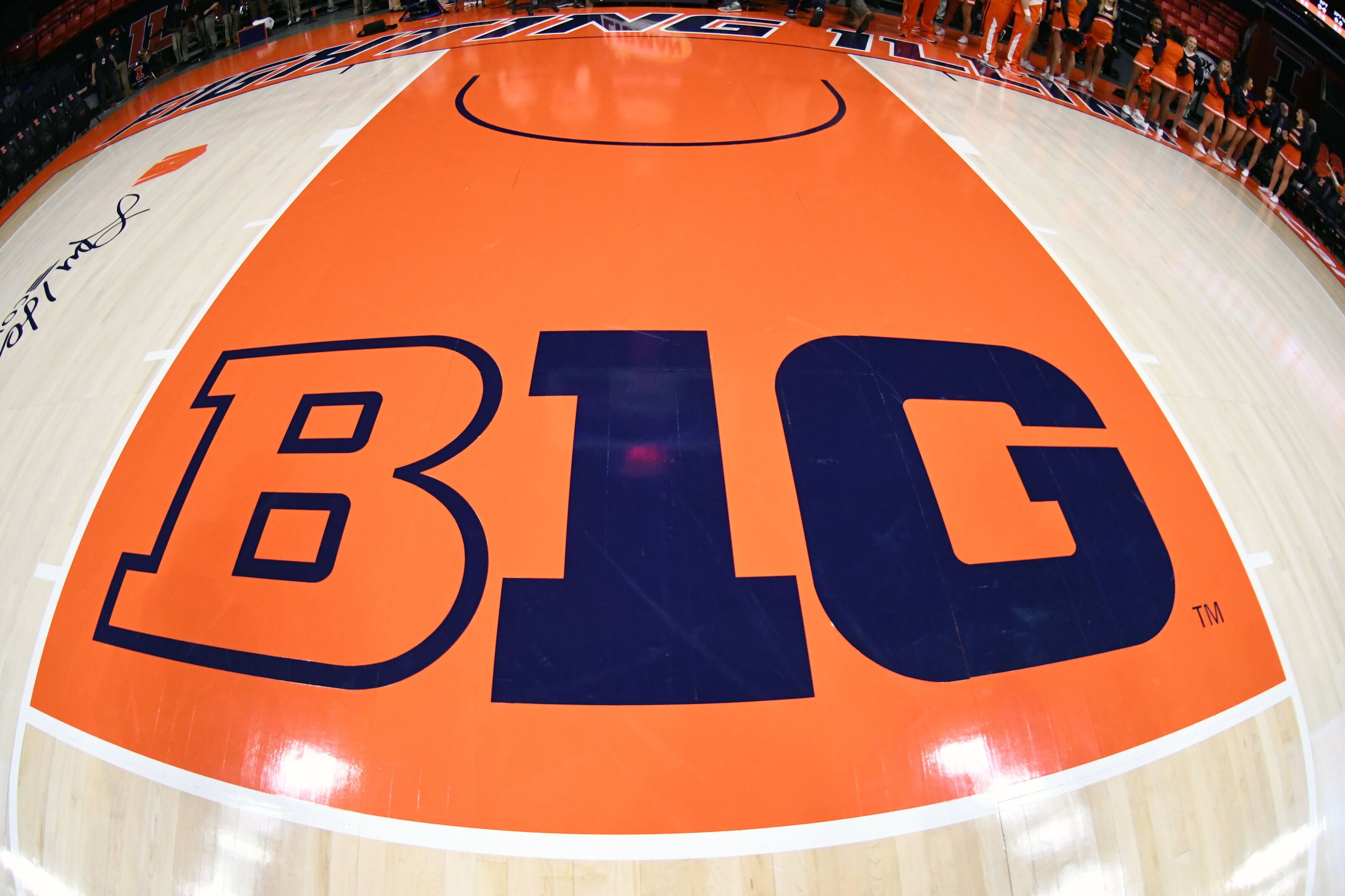 CHAMPAIGN, IL - INTRODUCTION 13: The Big 10 logo on the floor before a college basketball match between Georgetown Hoyas and Illinois Fighting Illini at the State Farm Center on November 13, 2018 in Champaign, Illinois. (Photo by Mitchell Layton / Getty Images) *** Local Appointment ***