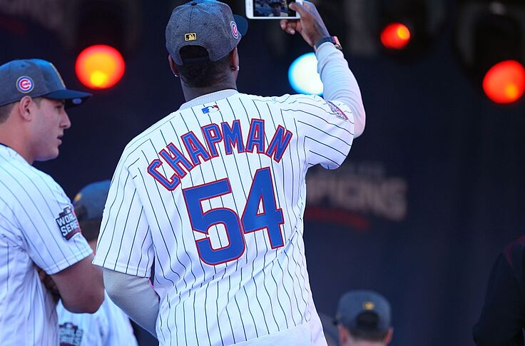 best service f3601 a2fad Why Did the Cubs Allow Chapman to Go Back to the Yankees?