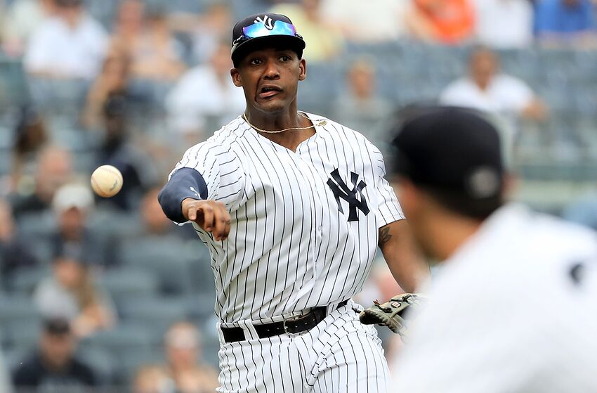 491364f87fc Yankees  Aaron Boone s decision to replace Miguel Andujar proves costly