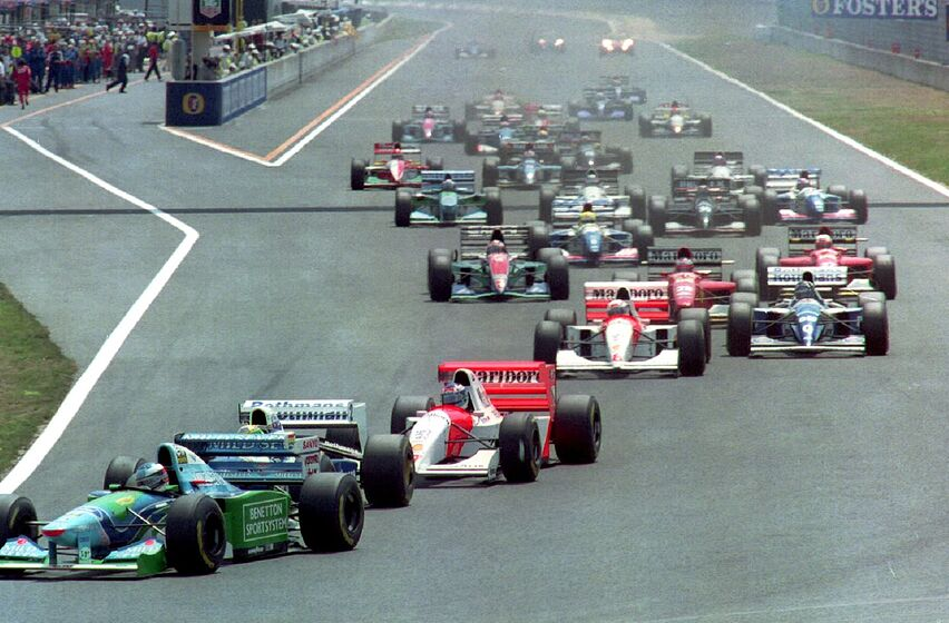 Formula 1: Michael Schumacher vs. Ayrton Senna - Who is ...