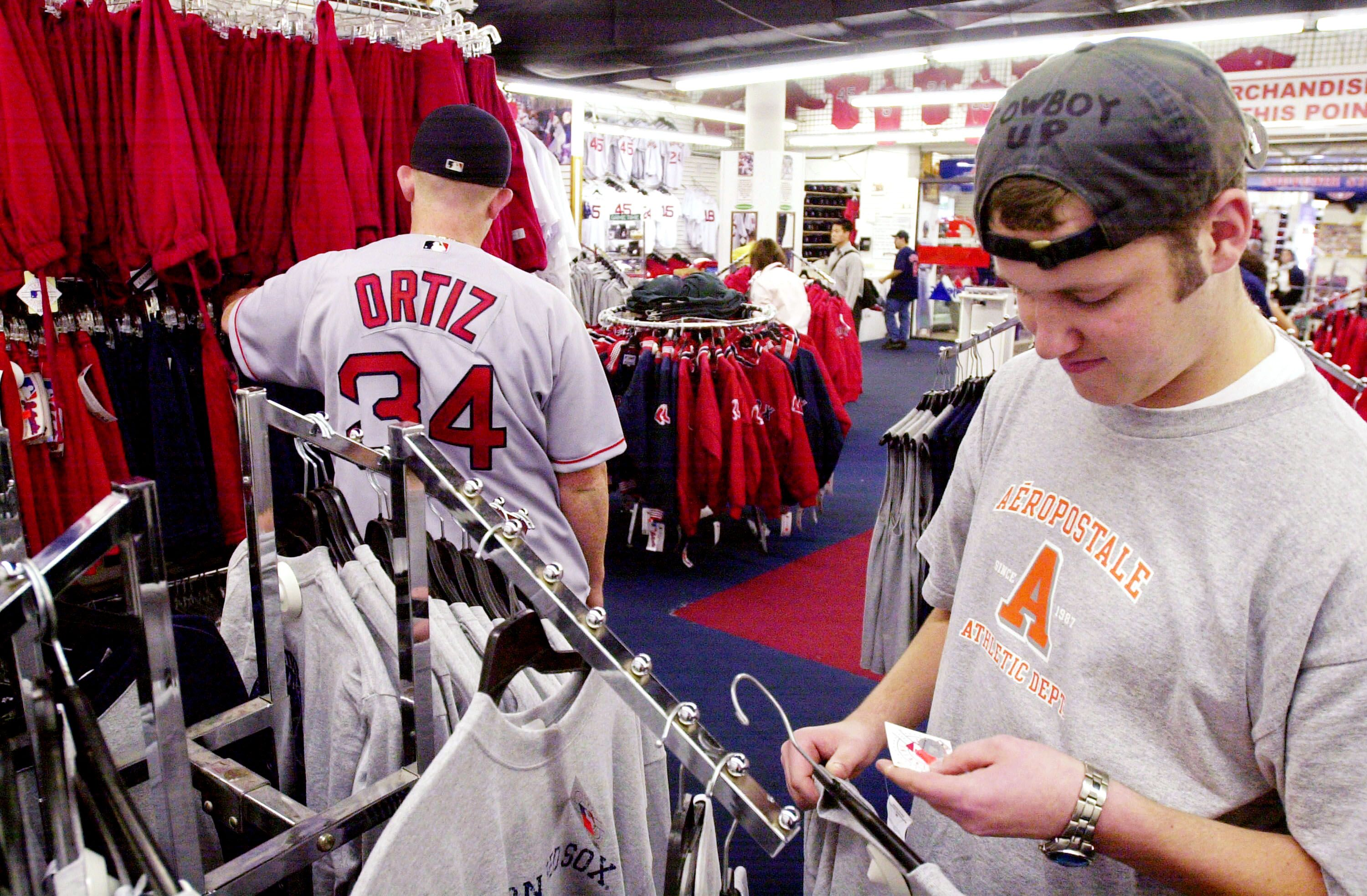 Red Sox: Could jersey sales plummet this season?