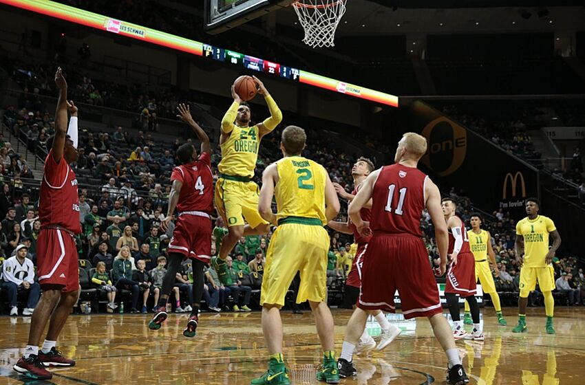 Oregon Basketball: What's wrong with the Ducks?