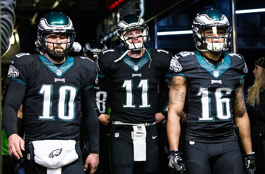 Carson Wentz Connects With Nelson Agholor On Awesome