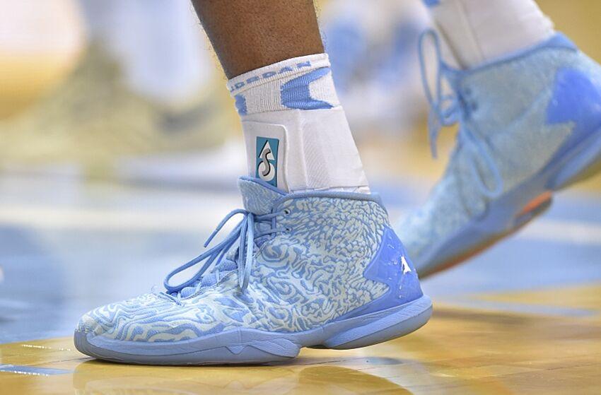 North Carolina Tar Heels: Antawn Jamison Enters NC Sports HOF North Carolina Football Shoes