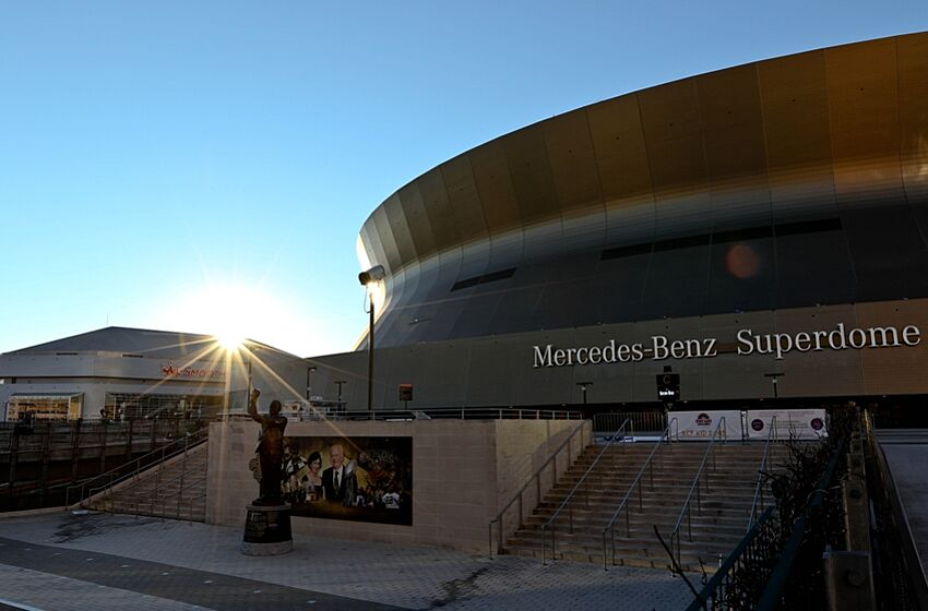 Should new orleans replace the mercedes benz superdome for Mercedes benz nola