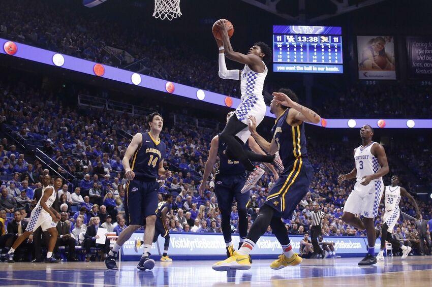 Kentucky Basketball: De'Aaron Fox Named SEC Freshman Of