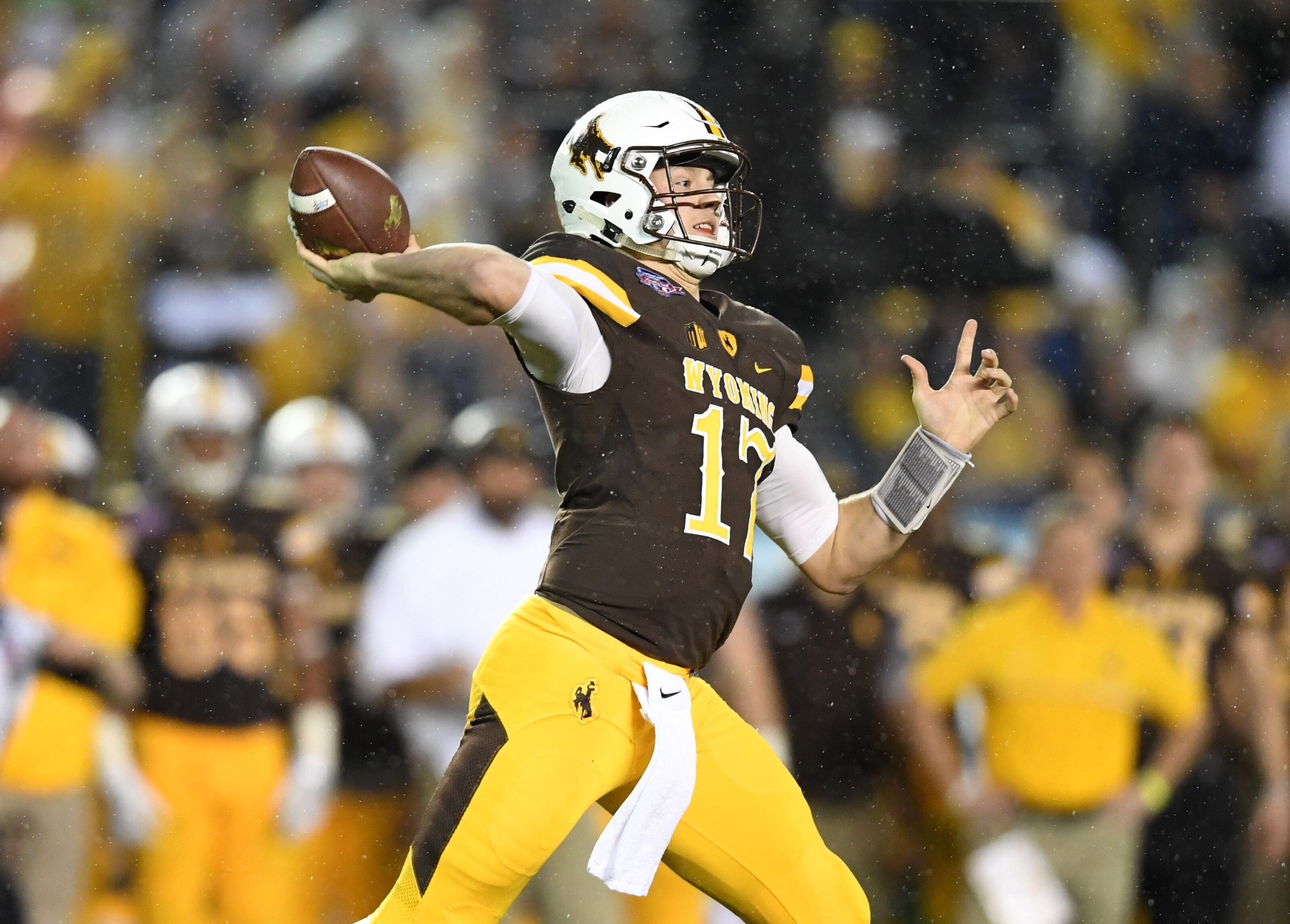 Wyoming S Josh Allen 2018 Nfl Draft Scouting Report