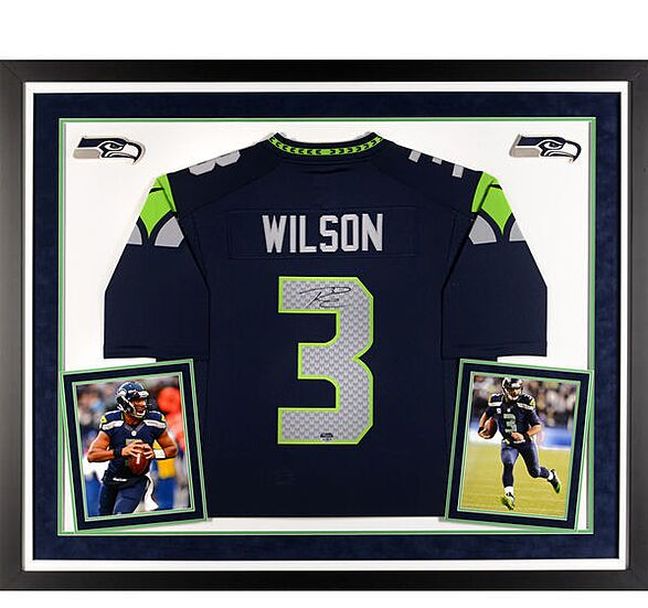 new product 68928 d28d3 Seattle Seahawks Gift Guide: 10 must-have Russell Wilson items