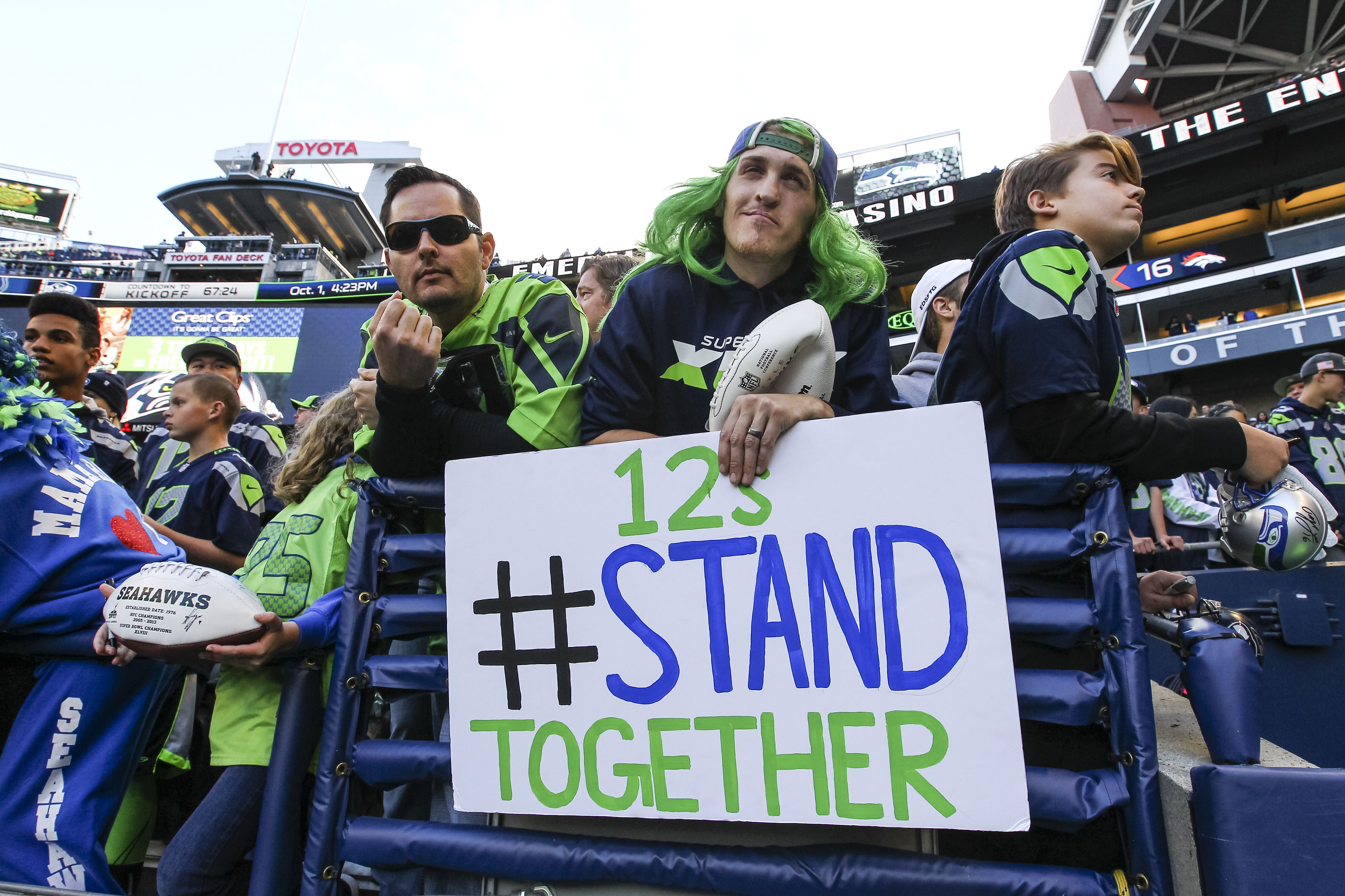 856437604-indianapolis-colts-v-seattle-seahawks.jpg