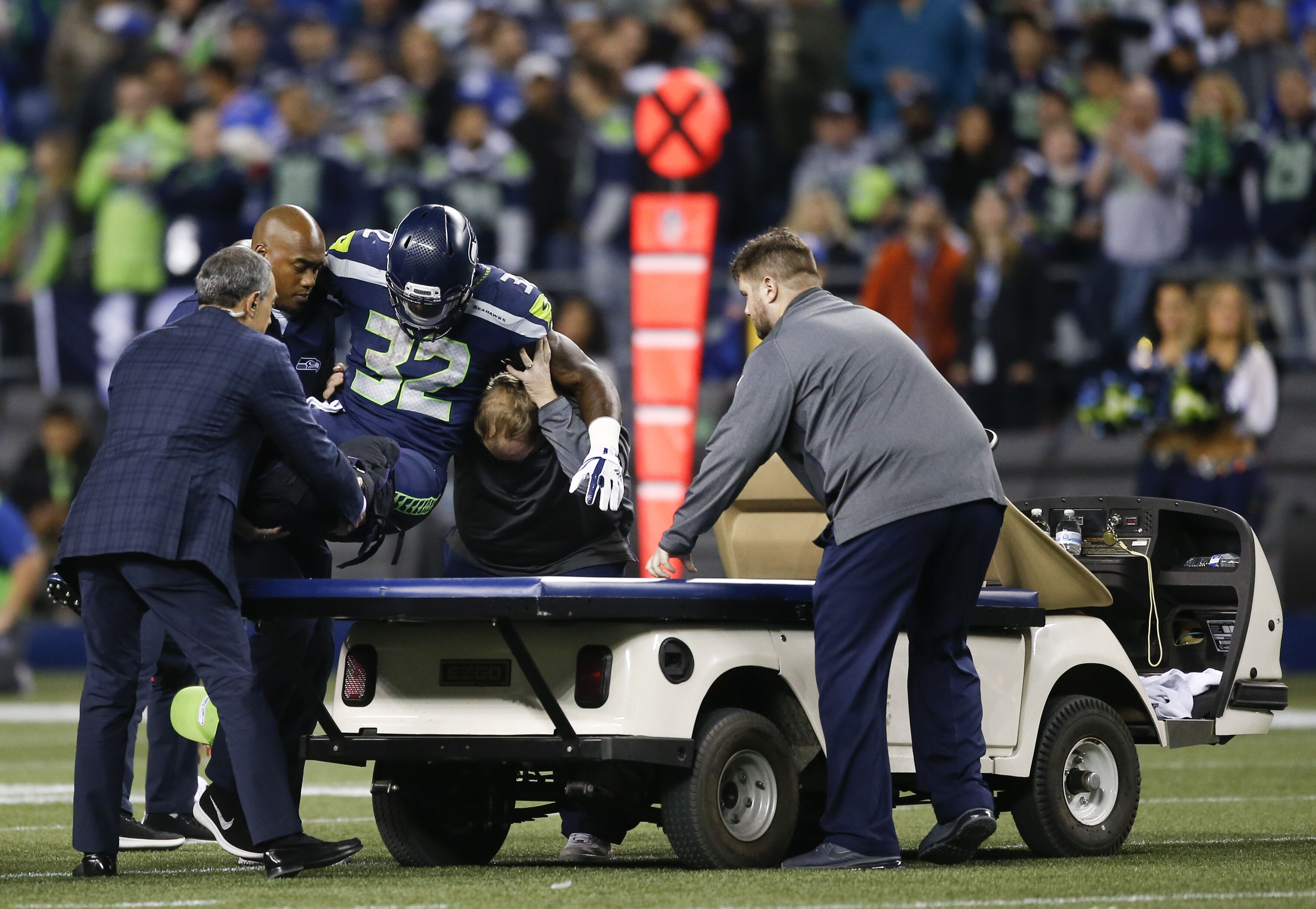 Seahawks injuries against Vikings might include holding out Bobby Wagner