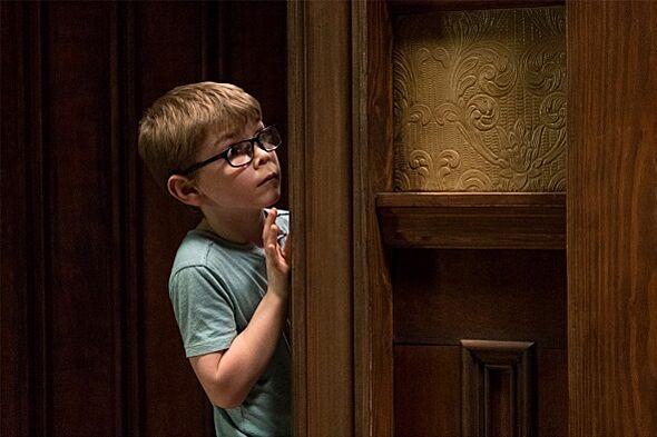 Netflix: The Haunting of Hill House Season 1 Episode 4 (The Twin