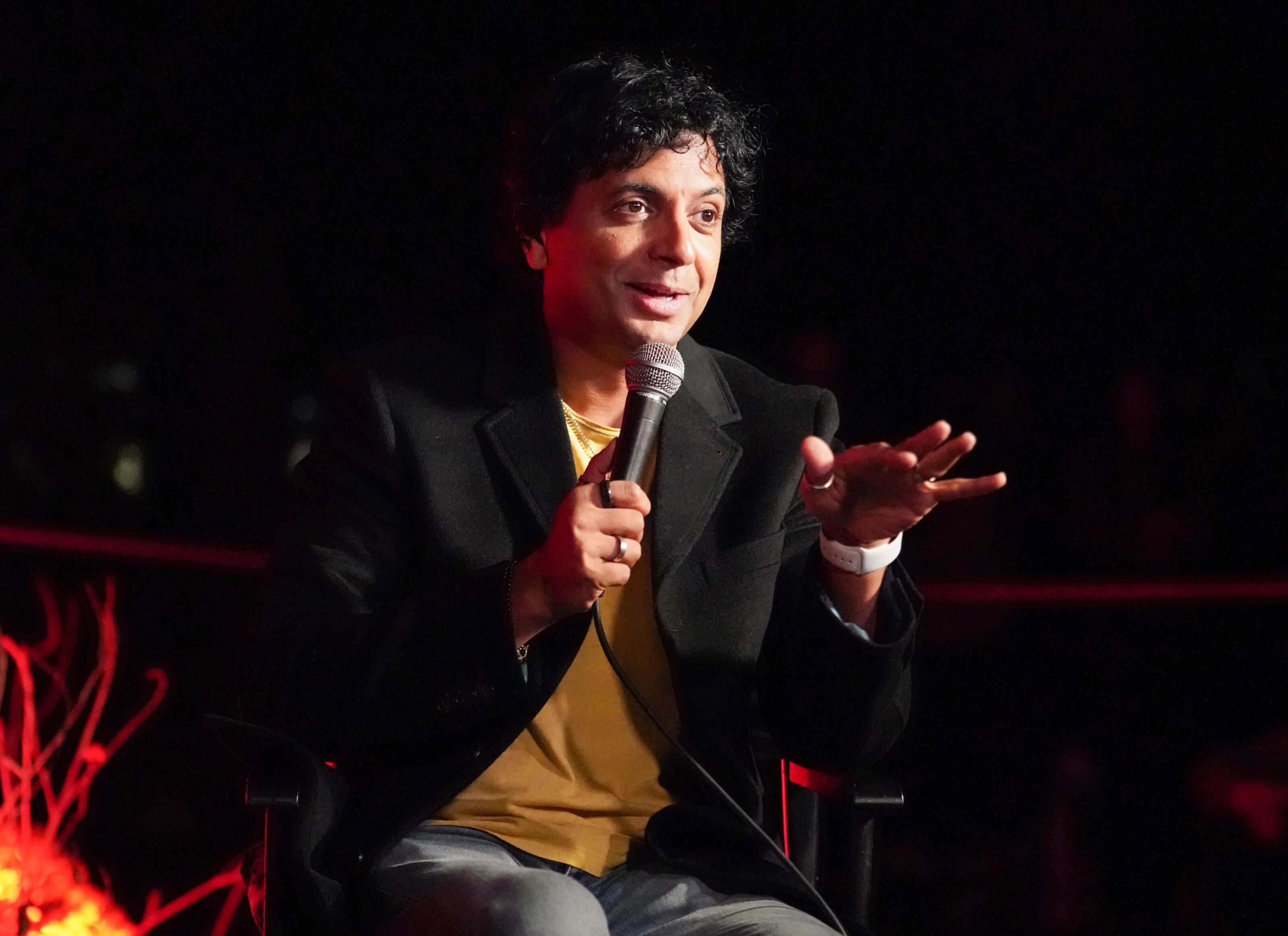Director M. Night Shyamalan doesn't consider his movies 'horror'
