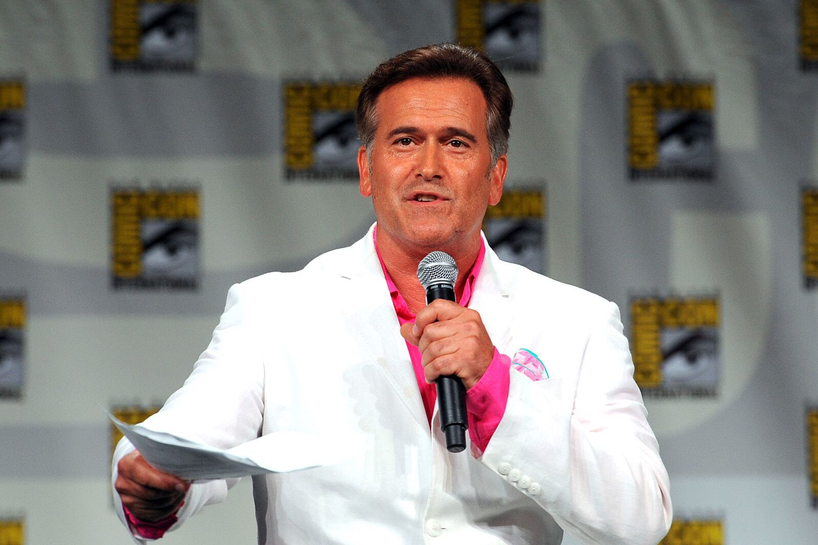 Bruce Campbell reveals a return to the silver screen (Exclusive Interview)