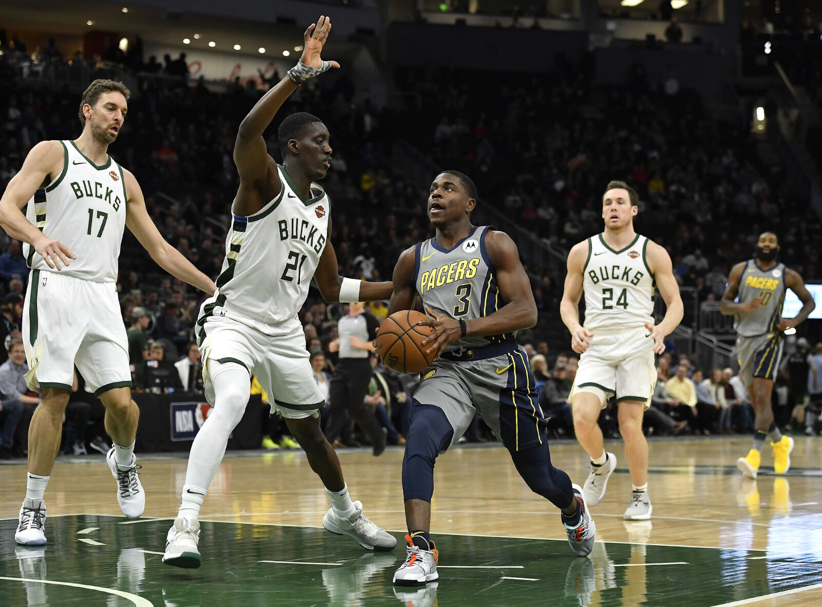 Pacers: What Malcolm Brogdon & Aaron Holiday can learn from each other