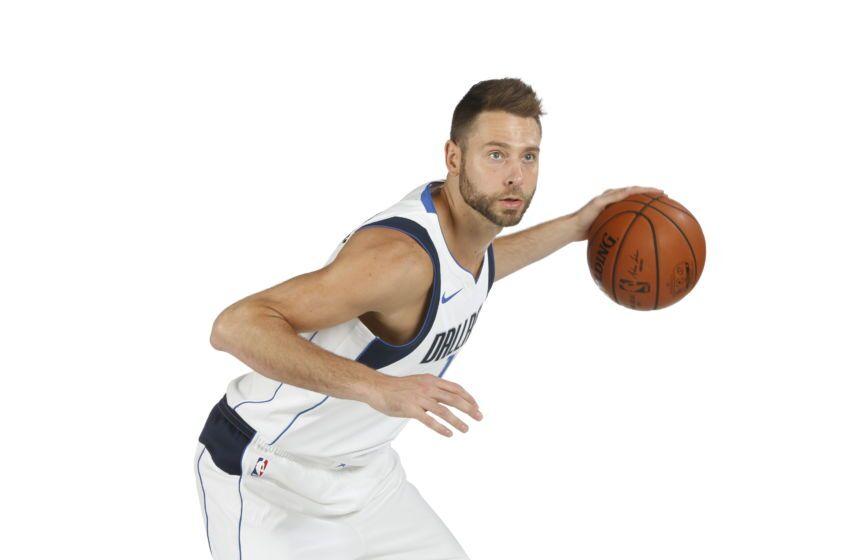 Josh McRoberts #13 of the Dallas Mavericks