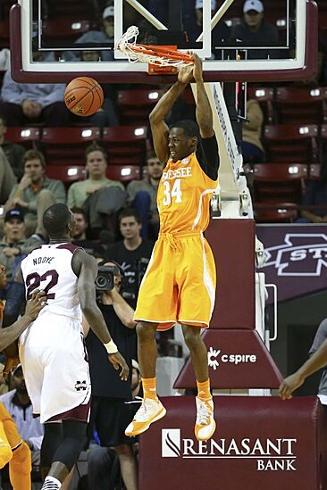Vols Open SEC Play With Win: Photo Gallery