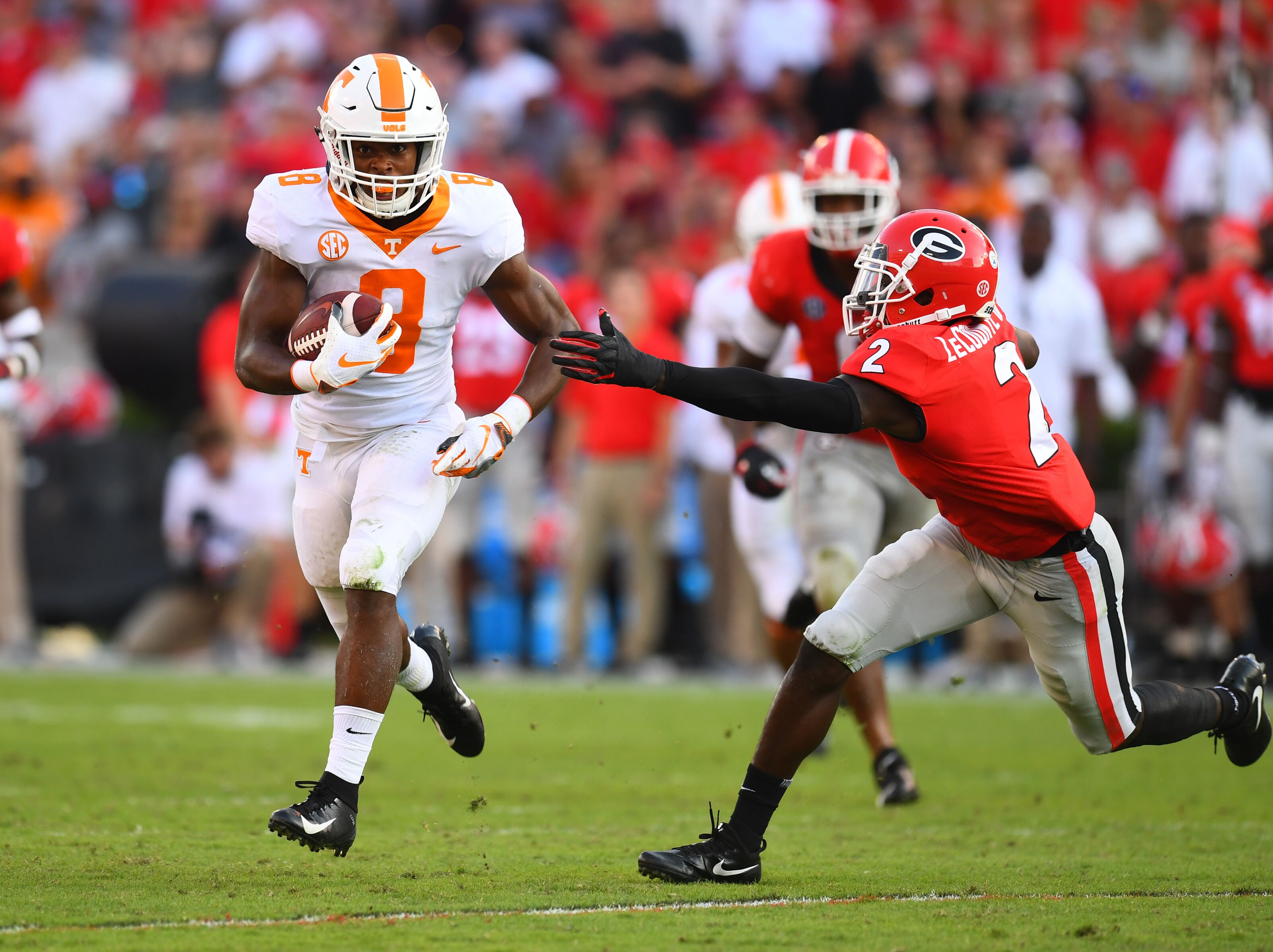 Tennessee football: Vols must not underuse Ty Chandler like Alvin Kamara