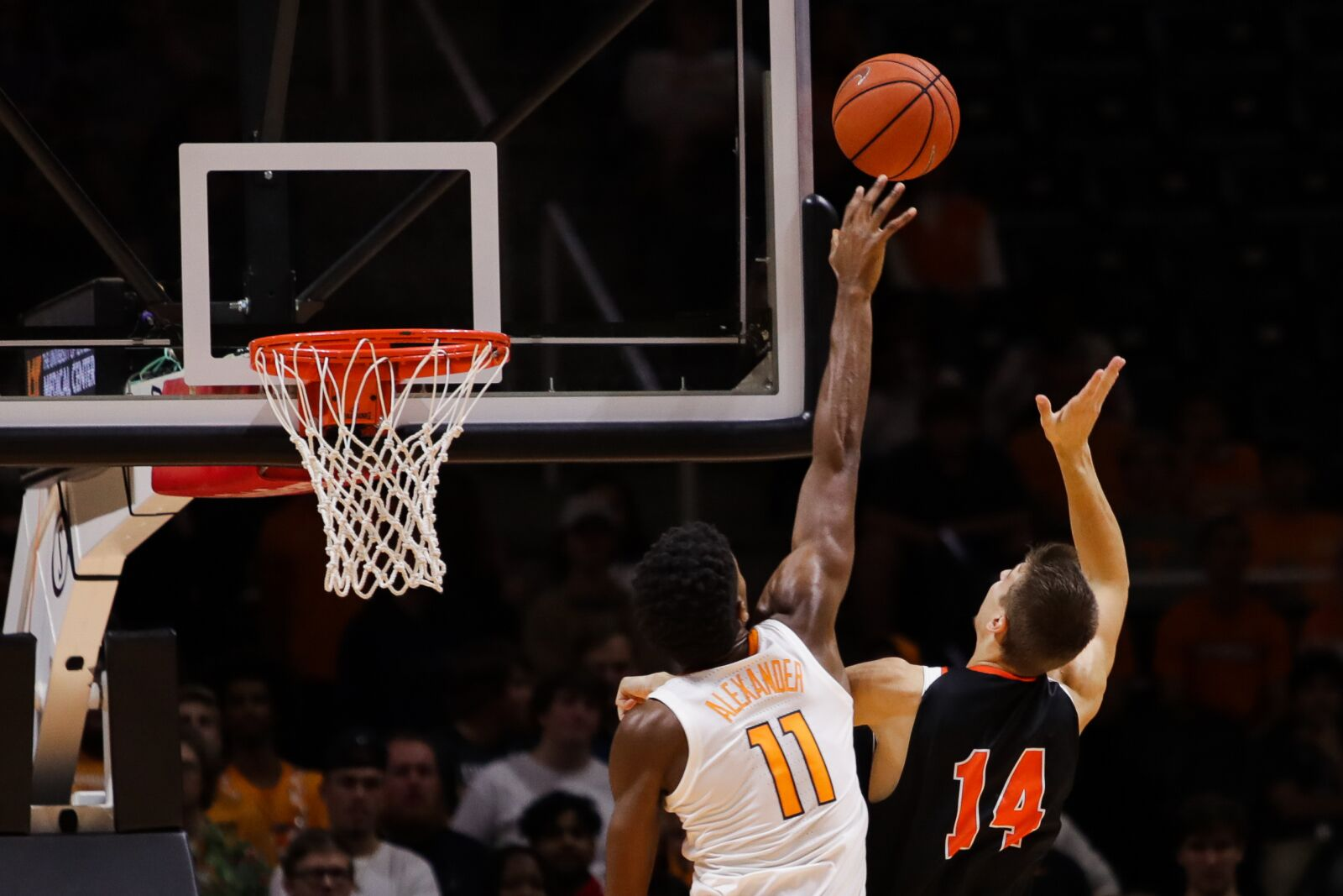 Get the latest Tennessee Volunteers Basketball news photos rankings lists and more on Bleacher Report