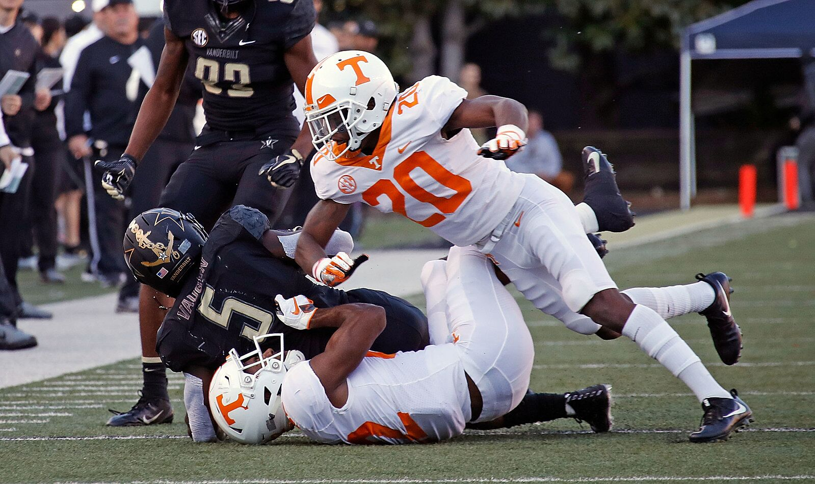 ccfb8835 Tennessee football 2019 preview by position: Vols DBs - Page 2