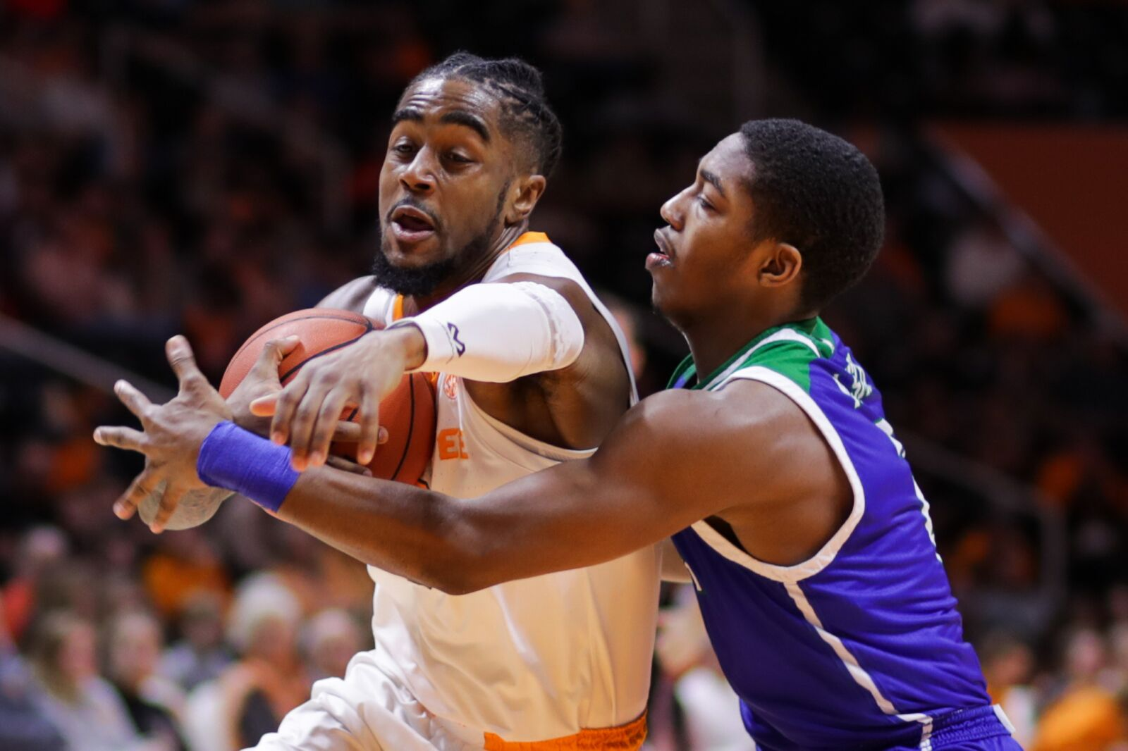 403537402a2 Tennessee basketball: Vols pull away for big win after sluggish start