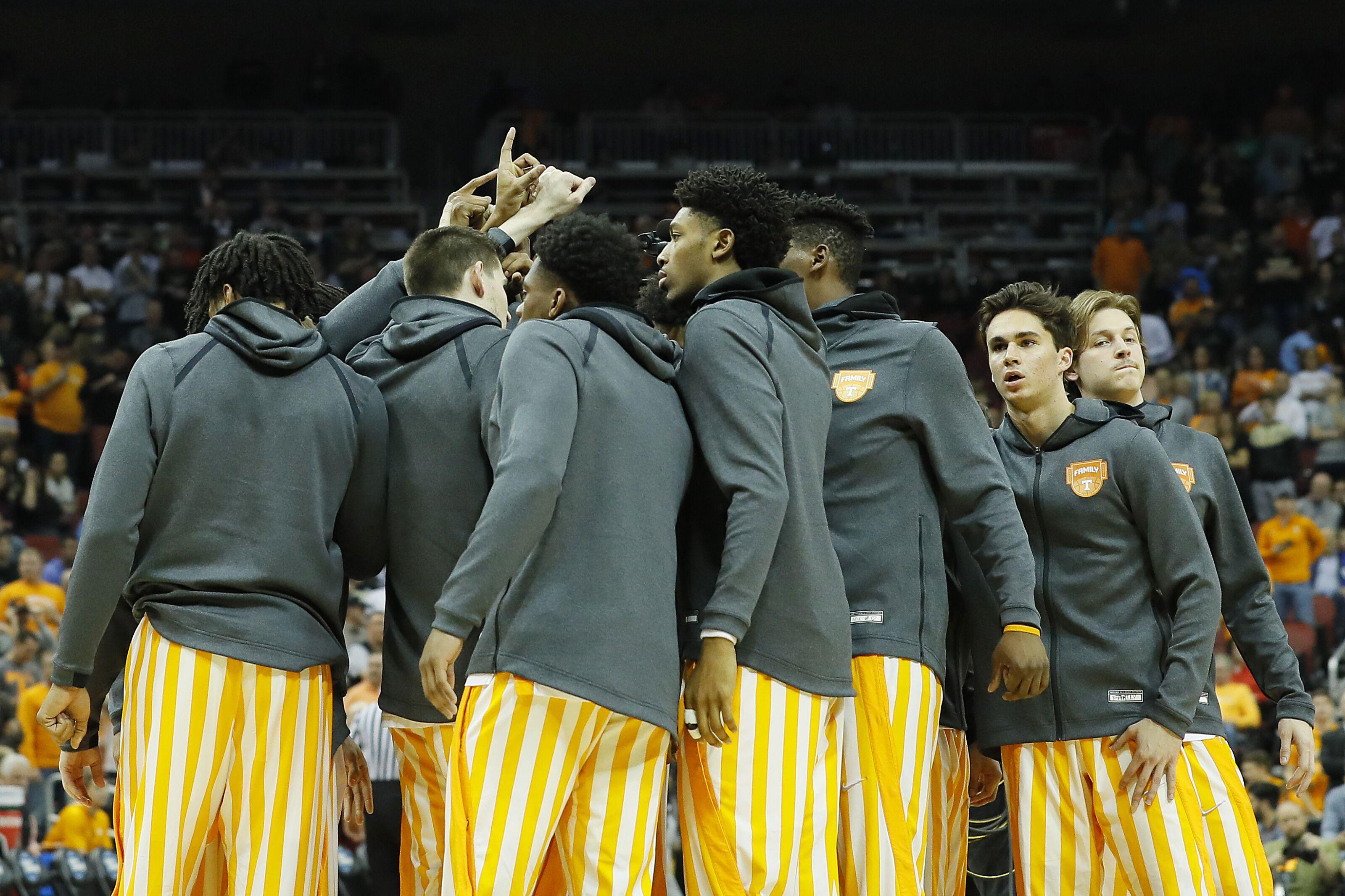 Tennessee basketball: Vols unranked, play eight games vs. AP preseason top 25 teams