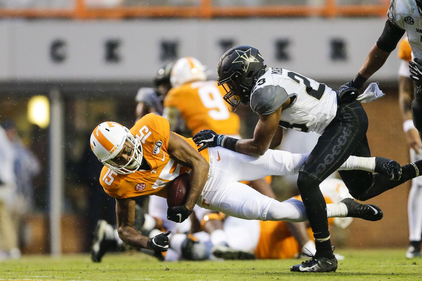 Tennessee football: Jauan Jennings suspended for first half of Vols bowl game