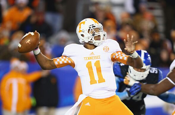 Tennessee football: Best uniform combos for the Vols in ...