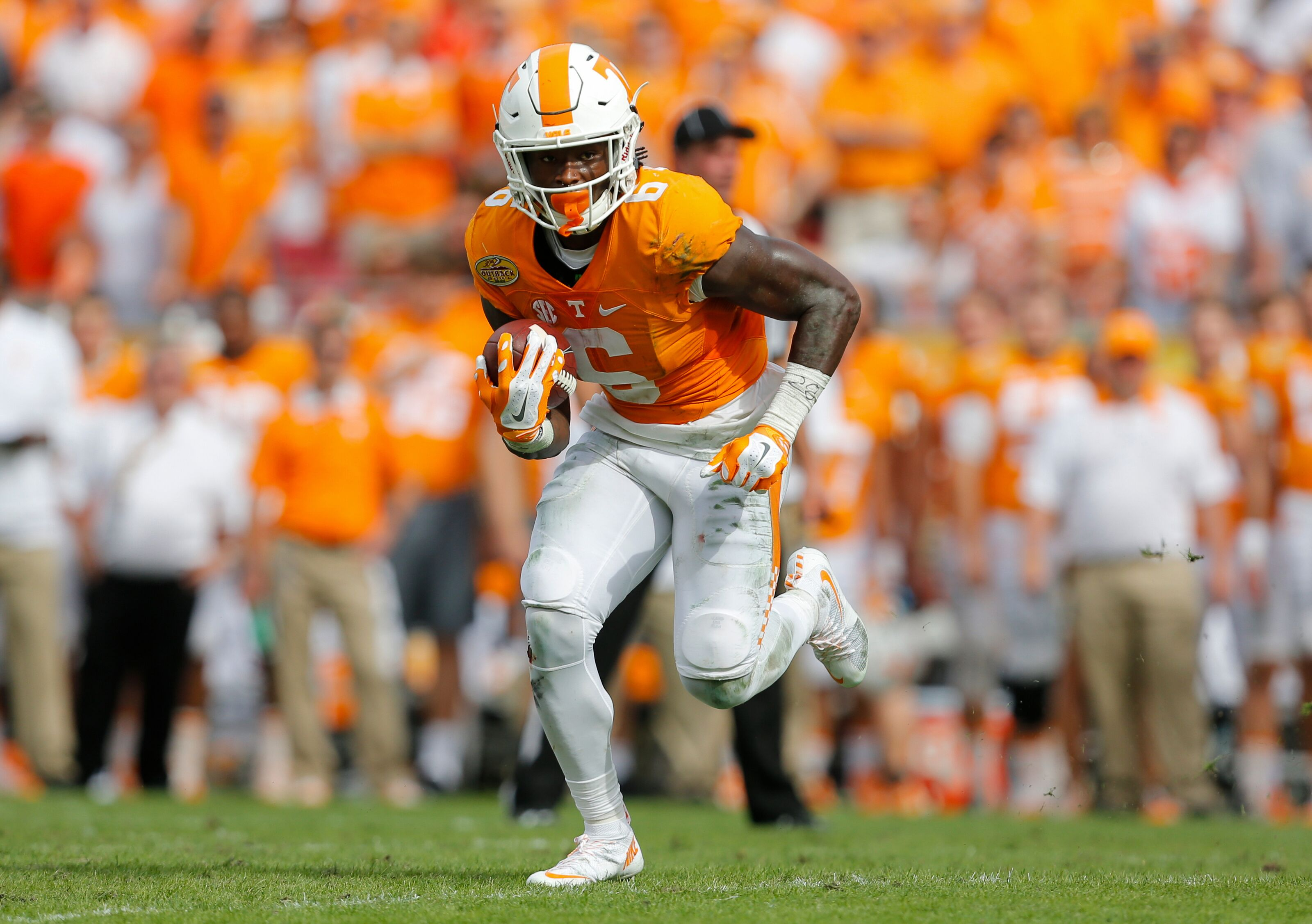 new arrival 8c367 3b4b7 Former Vol Alvin Kamara trolls Butch Jones with Jalen Reeves ...