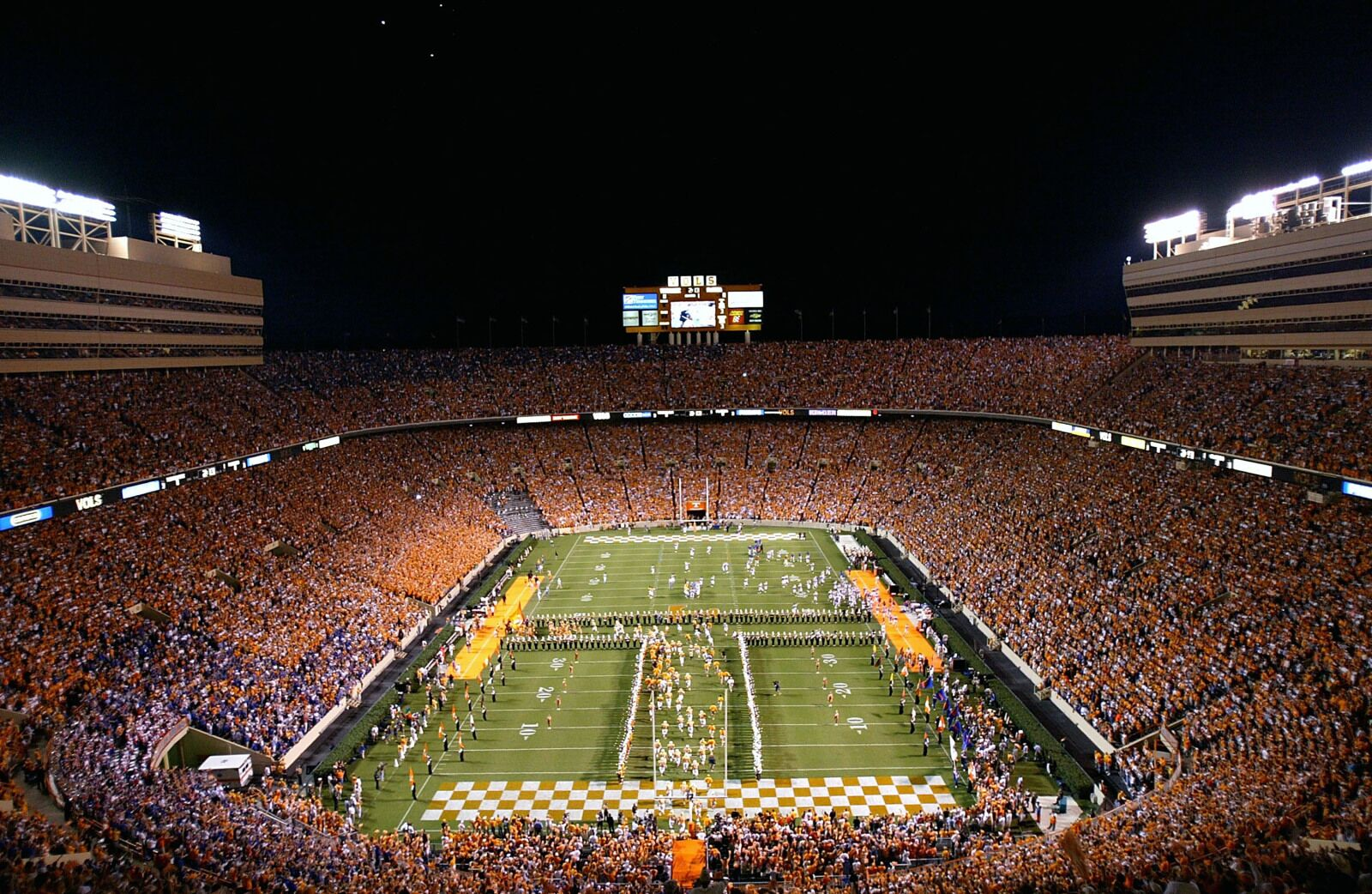Tennessee football: Should players get one free transfer pass?