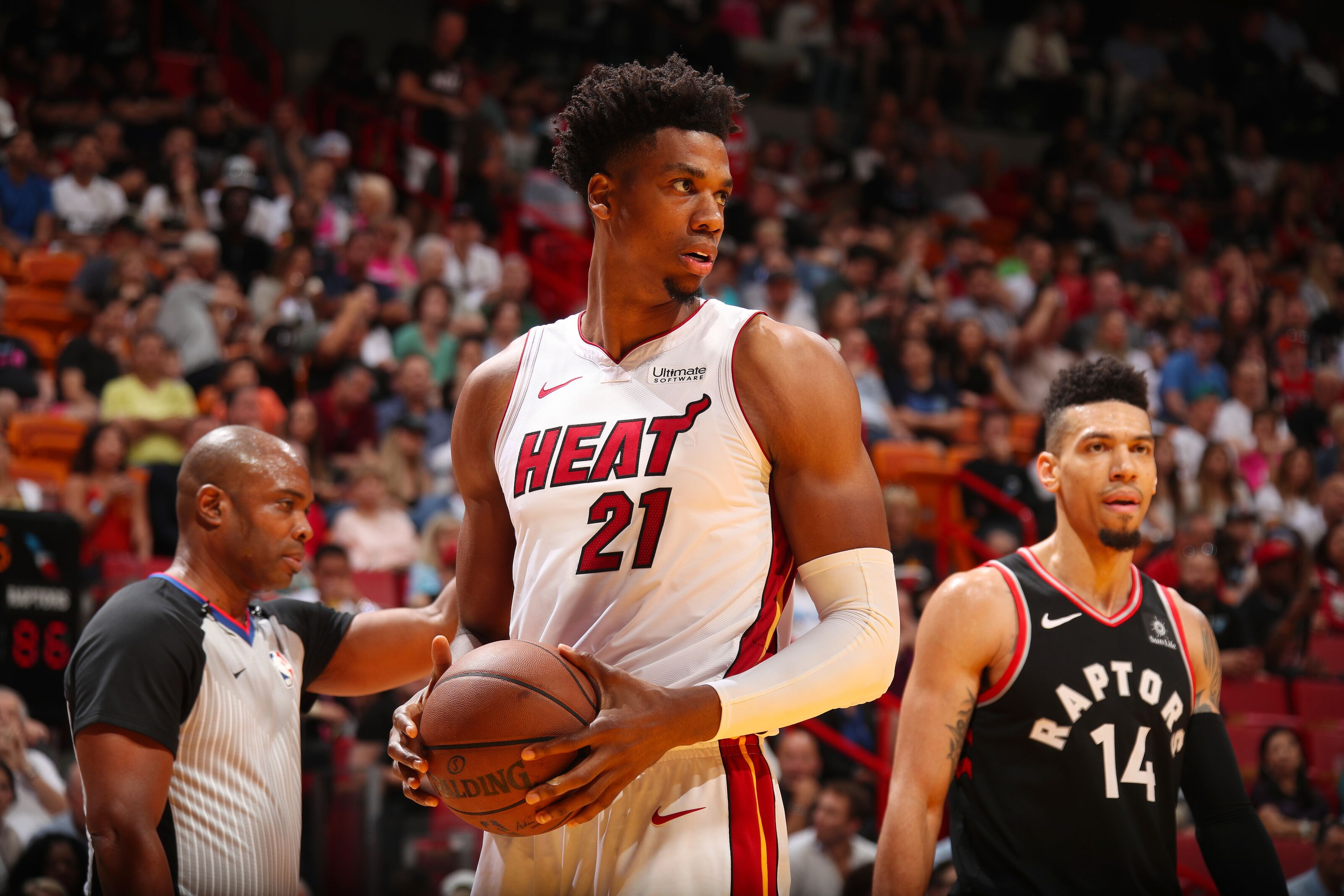 Miami Heat: Hassan Whiteside flourishing so far in bench role
