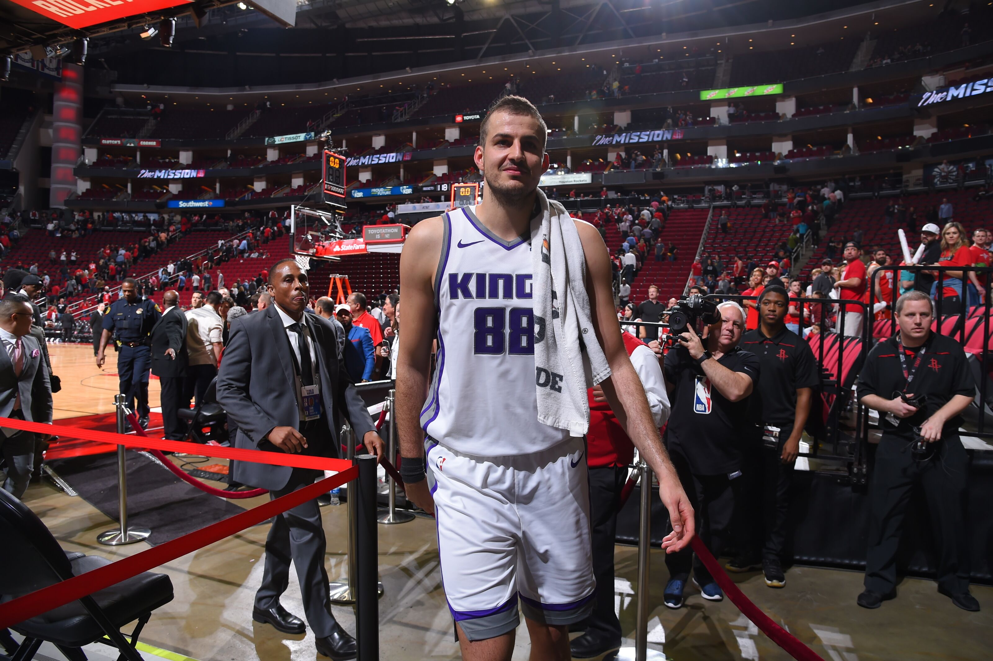 Sacramento Kings: Underrated Nemanja Bjelica Finally Gets His Moment