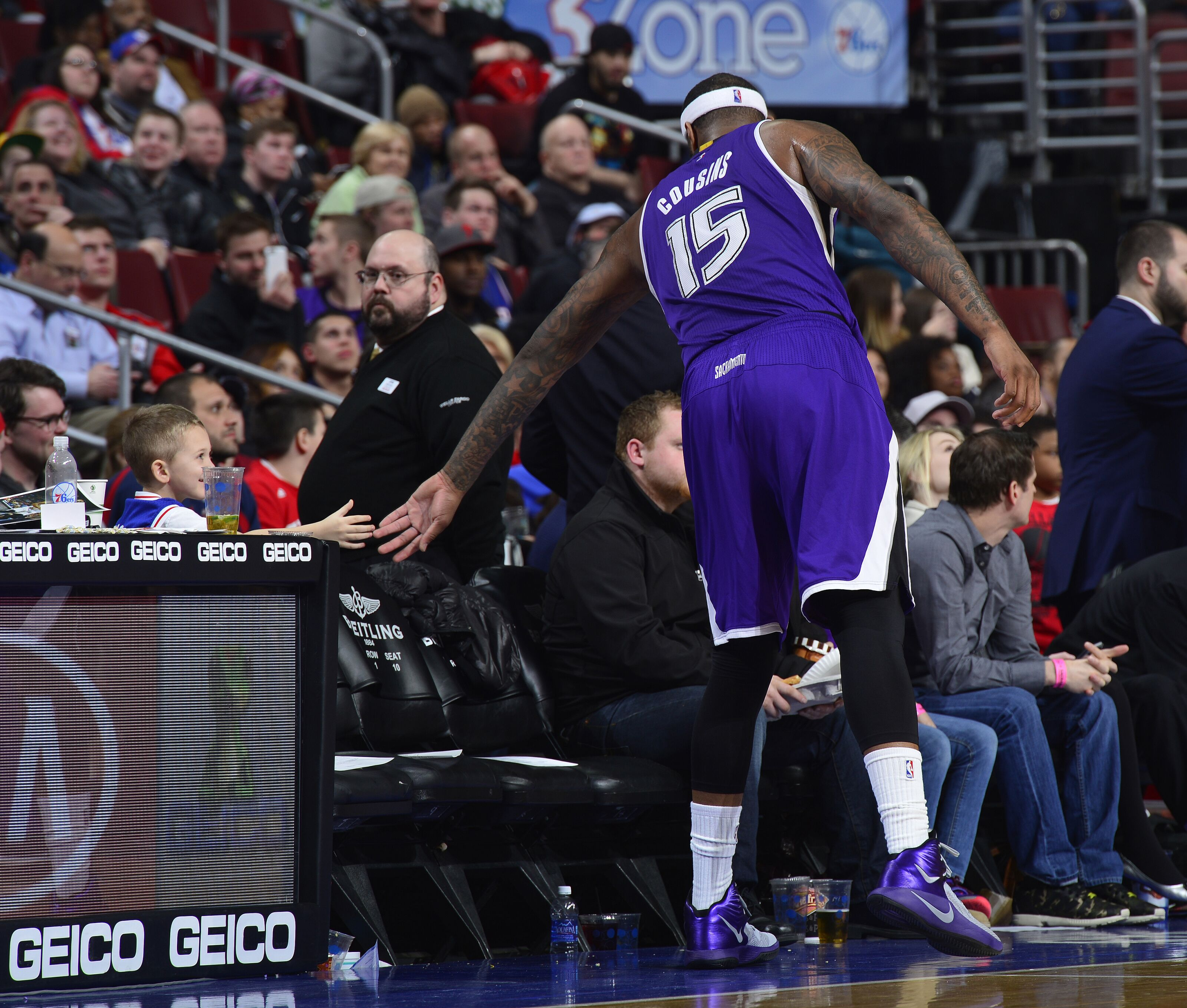 Sacramento Kings: Fans & Players Saddened By Boogie's Injury