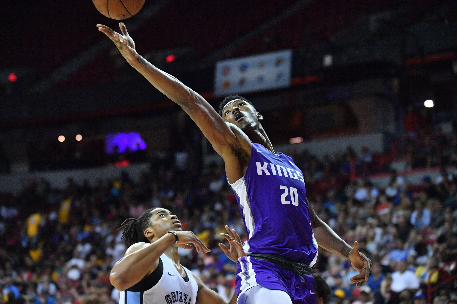 Sacramento Kings: Team Waives Deyonta Davis
