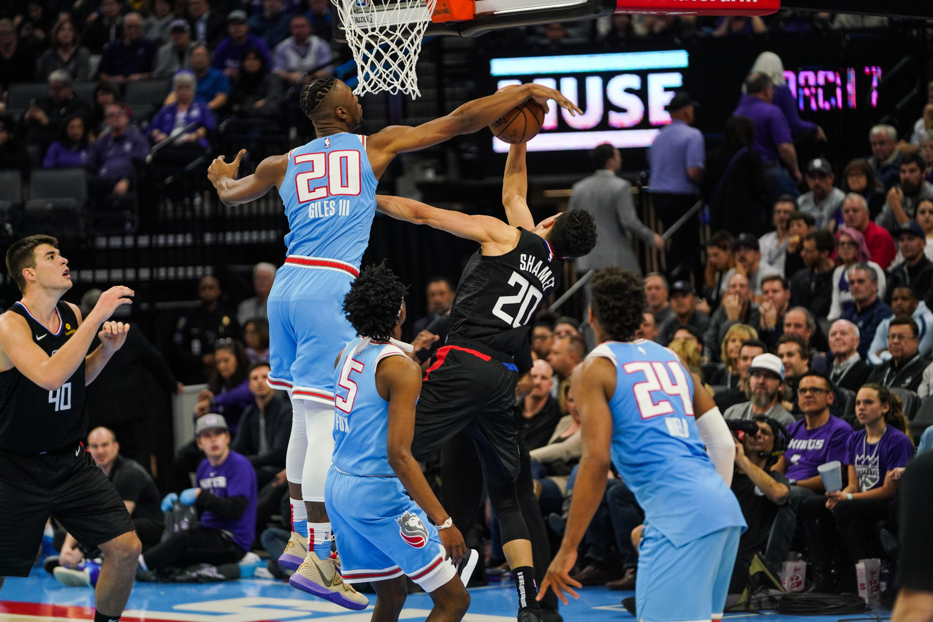 Kings: Division Preview – Last Year's Clippers Were Difficult Enough