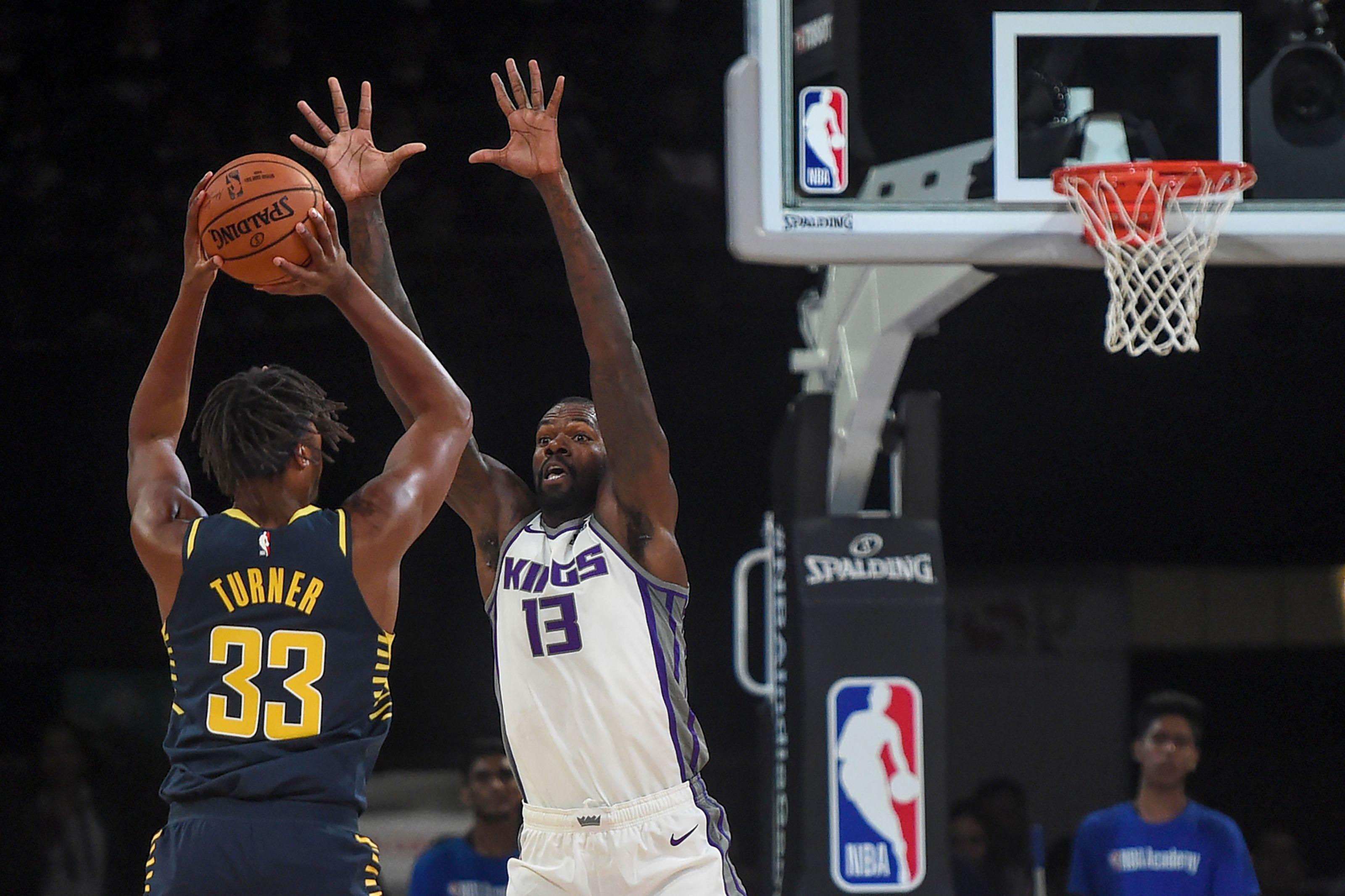 Sacramento Kings: 3 Predictions for Dewayne Dedmon