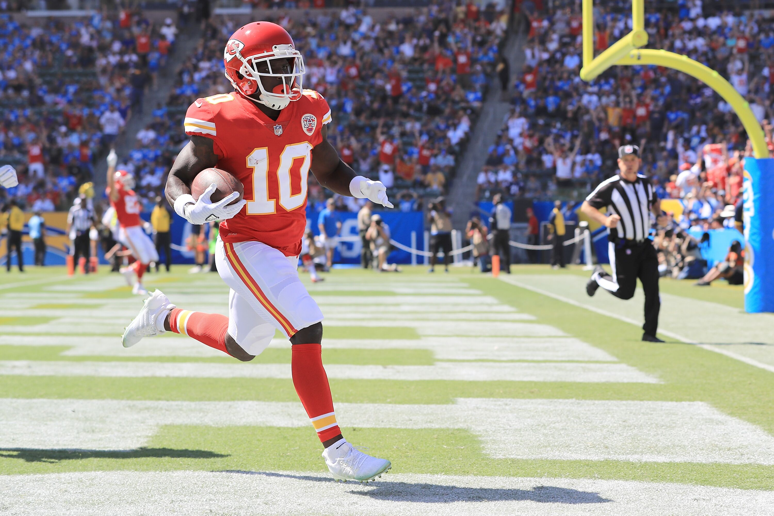 Tyreek Hill injury update Chiefs WR does not have concussion