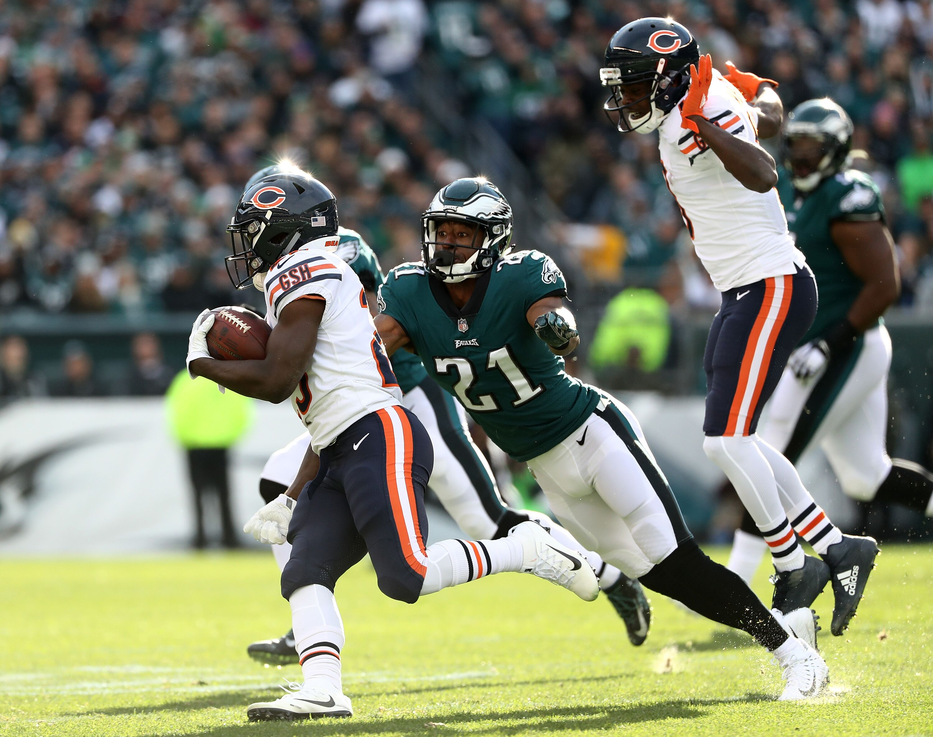 879633280-chicago-bears-v-philadelphia-eagles.jpg
