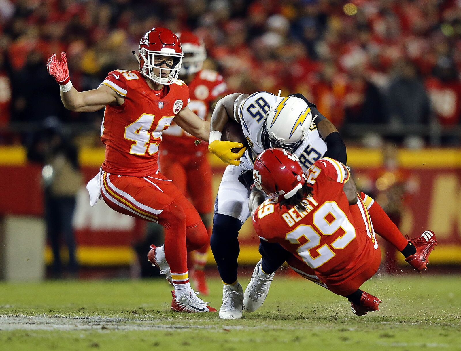 Eric Berry, Chris Jones provide highlights in Chiefs loss to Chargers