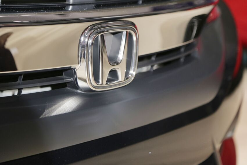 2016 honda civic civicx tests 1 5t with 6 speed manual. Black Bedroom Furniture Sets. Home Design Ideas