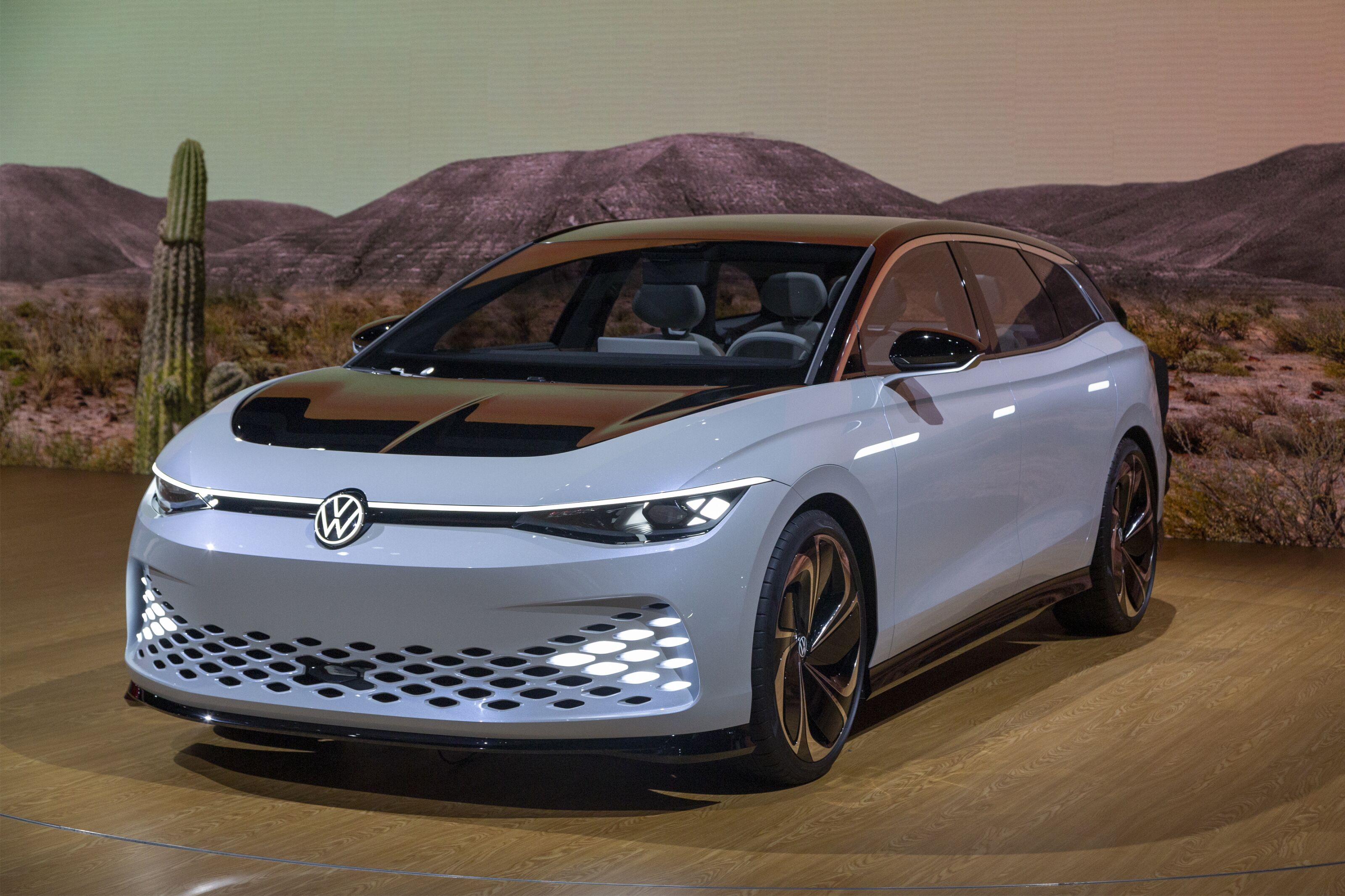 Volkswagen Fights Back Against SUV Wave with I.D. Space Vizzion