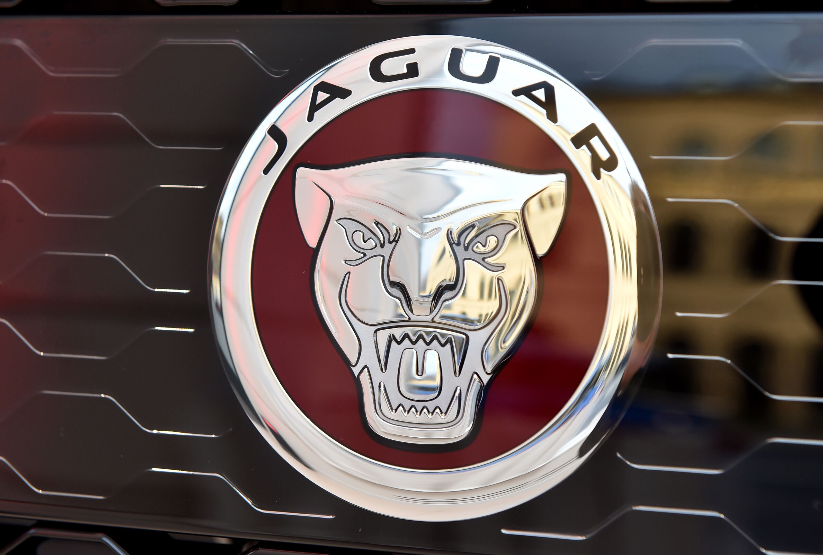 Jaguar J-Pace Set To Debut In 2021, Thought To Go Against The Porsche Cayenne