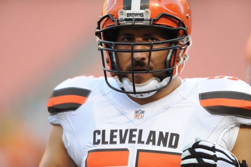 Alex Mack Atlanta Falcons Target If He Opts Out Of Deal